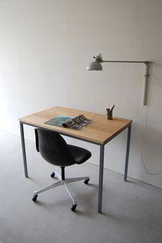 Atelier table