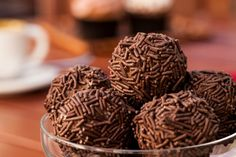 16 Brazilian Snacks That Will Make Your Sweet Tooth Go Crazy Passion Fruit Mousse, Go Veggie, Chocolate Powder, Chocolate Sprinkles, Lactose Free, Gluten Free, Going Vegan, Sweet Tooth, Tasty