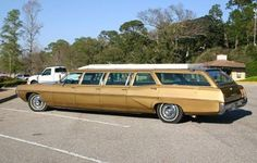 Pontiac catalina airport wagon 1967