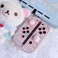 Nintendo Switch Accessories, Gaming Accessories, Video Game Nintendo, Nintendo Ds, Kawaii Games, Nintendo Switch Case, Nintendo Console, Kawaii Bedroom, Otaku Room