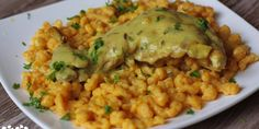 Fried Rice, Risotto, Fries, Chicken, Meat, Ethnic Recipes, Turmeric, Nasi Goreng, Stir Fry Rice