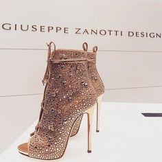 6a2d4290d445 Image about fashion in Shoes by ♕ B A E L U X U R Y ♕. Boot HeelsWomen s  HeelsPumpsStilettosBootie BootsHeeled ...