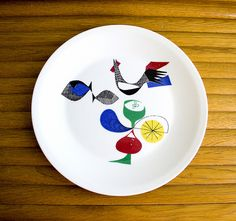 """Vintage Figgjo plate from the """"A la Carte"""" series. This is one of my absolute favorite Figgjo patterns, and really hard to find. The pattern is from the and designed by Hermann Bongard. Porcelain Ceramics, Ceramic Pottery, Norway Food, Have Board, Statement Wall, Wood Carving, Vintage Kitchen, Designing Women, Mid Century"""