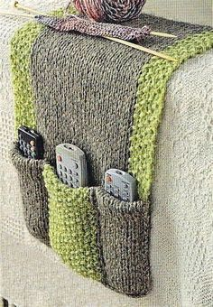 Remote Control holder : From: Simply Knitting Magazine issue 70, page 51  Always know where your remotes are in this practical chunky knit.