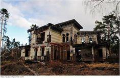 The remains Sorokin's dacha, Yaroslavl oblast, Russia. Built in 1868, now crumbling ruins.
