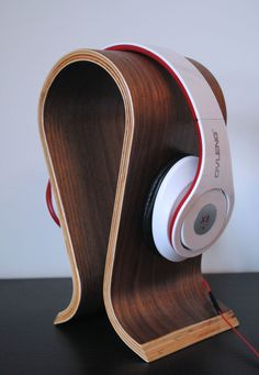 Wooden curved headphone stand in Sound & Vision, Performance & DJ Equipment, Stands & Supports | eBay