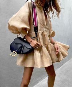 Spring Fashion Tips .Spring Fashion Tips Moda Fashion, 80s Fashion, Womens Fashion, Fashion Tips, Fashion Design, Fashion East, Classy Fashion, Chic Fashion Style, Unique Fashion