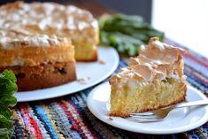 Äidin raparperipiirakka A Food, Banana Bread, French Toast, Pie, Sweets, Baking, Breakfast, Desserts, Recipes