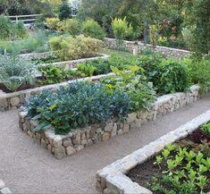 "Paul Hendershot Design, Inc A family veggie garden. 😋 Project Name: ""East Coast Style. Bush Garden, Potager Garden, Veg Garden, Vegetable Garden Design, Edible Garden, Garden Landscaping, Garden Fencing, Layout Design, East Coast Style"