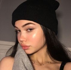 Pin by Allisoncamila on Maquillaje in 2019 Cute Makeup, Beauty Makeup, Makeup Looks, Hair Makeup, Hair Beauty, Angel Makeup, Aesthetic Makeup, Aesthetic Girl, Tumbrl Girls