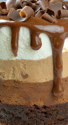 Triple Chocolate Mousse Cake Minis