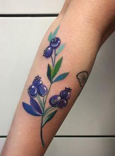 Martyna Popiel blueberry tattoo