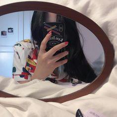 โพสต์บน Instagram โดย 예림 • มิ.ย. 8, 2018 เวลา 8:04am UTC Ulzzang Korean Girl, Ulzzang Couple, Girl Pictures, Girl Photos, Korean Photo, Tumbrl Girls, Snapchat Girls, Girls Mirror, Uzzlang Girl