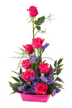 Valentine flower arranging with Oasis Ikebana Arrangements, Valentine's Day Flower Arrangements, Ikebana Flower Arrangement, Arreglos Ikebana, Modern Floral Design, Valentines Flowers, Church Flowers, Flower Boxes, Floral Centerpieces