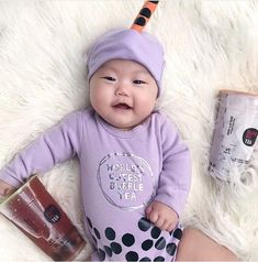Funny baby gifts: Boba tea baby outfit by Buzz Bear Studio | If you're a fan of funny baby gifts, these will all make any new parent smile. And we need more laugher these days! See our top 10 funny baby gifts, along with more of the best baby gifts in our Baby Gift Guide 2021 from the Cool Mom Picks Editors | #babygifts #babyshower #babyregistry #bestbabygifts Baby First Halloween Costume, Baby Halloween Outfits, Baby Costumes, Funny Baby Gifts, Best Baby Gifts, Funny Babies, Cool Mom Picks, Cool Gifts For Kids, Unique Baby Shower Gifts