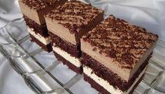 Kakaové těsto, čokoládová nádivka a vanilková nádivka. Jednoduché a tak fantasticky chutné! Mňam!