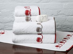 Tired of searching far and near for the best gifts to give this holiday? Schweitzer Linen has you covered. Embroidered Bedding, Embroidered Towels, Home Tex, Decorative Hand Towels, Throw In The Towel, Luxury Towels, Bath Linens, Guest Towels, Luxury Bath