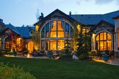 Rich people houses on pinterest huge houses celebrity for Inside homes rich famous