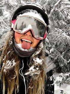"Snowboard girl insta : love this! - Snowboard girl insta : love this! ""Snowboard girl insta : love th - Ski Et Snowboard, Snowboard Girl, Photo Ski, Mode Au Ski, Snowboarding Style, Snowboarding Women, Winter Pictures, Winter Photography, Kitesurfing"