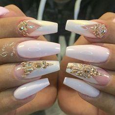25 Luxury Acrylic Nails for Summer - Theodora ❤❤ Glam Nails Dope Nails Bling Nails Stiletto Nails Coffin Dope Nails, Glam Nails, Classy Nails, Bling Nails, Trendy Nails, Glitter Nails, Fun Nails, Sparkly Nails, Bling Wedding Nails