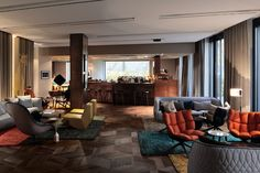 Das Stue Hotel Interior by Patricia Urquiola and LVG Arquitectura Nice timber flooring and ceiling. nice FFE too. The way using carpets is interesting.