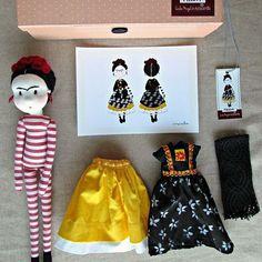 Esta muñeca de Frida que te remitirá a tu infancia. | 18 Piezas que todo amante de Frida Kahlo querrá tener ahora mismo