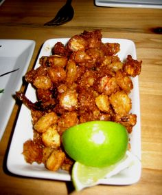 Fried hominy--no recipe but it sounds good. Can't be that hard to figure out! Veggie Recipes, Indian Food Recipes, New Recipes, Cooking Recipes, Ethnic Recipes, Hominy Recipes, Vegetarian Recipes, Cooking Stuff, Corn Recipes