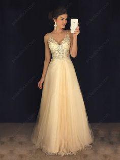 Ooii :D Hoje trago para vocês uma Opção de vestidos de noivas! temos alguns posts bem antigos no blog que falam sobre acessórios de vestido...