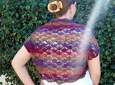 Crochet - shrug 1 skein (free pattern) to make with the shawl in a ball yarns Easy Crochet Shrug, Crochet Bolero Pattern, Crochet Jacket, Crochet Scarves, Crochet Clothes, Crochet Patterns, Crochet Shrugs, Crochet Sweaters, Crochet Ideas