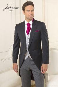 J'aime pas la veste et pas remettable ! Mais exemple à utiliser par exemple un costume noir, une chemise blanche, un gillet satin ivoire, cravatte et mouchoir satin doré ?