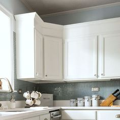 Kitchen cabinets – Cheap countertops – Painting a sink – Diy countertops – Top kitchen cabinets - Modern Kitchen Cabinet Crown Molding, Kitchen Cabinet Kings, Cheap Kitchen Cabinets, Kitchen Tops, Diy Kitchen, Kitchen Design, Kitchen Ideas, Cabinets With Crown Molding, Kitchen Updates