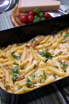 44 Ideas for pasta recipes vegetarian alfredo Vegetarian Pasta Recipes, Raw Food Recipes, Chicken Recipes, Great Recipes, Cooking Recipes, Healthy Recipes, Zeina, 20 Min, Gratin