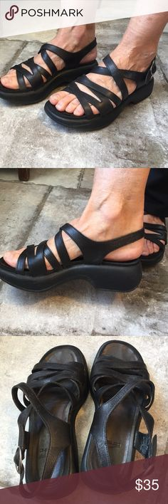 Dankso Sandels Black Dansko Sandel - Lots of wear left! Dansko Shoes Sandals