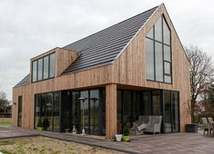 Speelse duinwoning Castricum - Schuurwoning - Nico Dekker Ontwerp & Bouwkunde Gable House, Bungalow Homes, Build Your Own House, A Frame House, Shed Homes, Timber House, Forest House, Dream Home Design, Industrial House