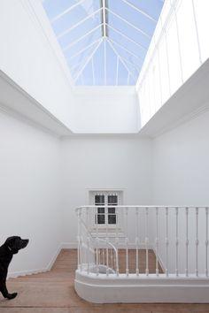 great refurbished over-light    Baixa House by José Adrião Arquitecto