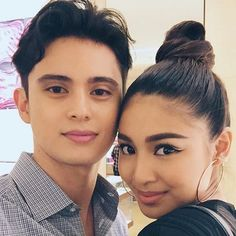Tonight's shopping buddies here at the store launch. Cute Relationship Goals, Cute Relationships, James Reid, Nadine Lustre, James Rodriguez, Jadine, Anime Girl Cute, Filipina, Sweet Couple