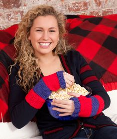 Support your team for the big game are you excited for the cheers knit wristers free knitting pattern in red heart yarns dt1010fo