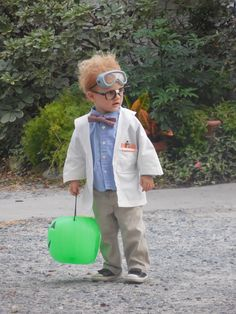 Child's mad scientist costume (crayon in pocket protector is the perfect touch!)