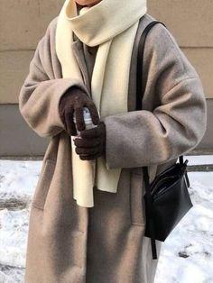 Winter Outfits For Teen Girls, Winter Fashion Outfits, Fall Winter Outfits, Look Fashion, Autumn Winter Fashion, Korean Fashion, Korean Winter Outfits, Fashion Coat, Classy Fashion