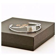 Thaíz Jewellery (@thaiz.jewellery) • Instagram photos and videos Jewellery, Photo And Video, Day, Videos, Photos, Accessories, Instagram, Jewels, Jewelry Shop