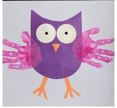Cute owl craft with kids handprint! Perfect for Fall.
