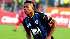 Daniel Angulo toma ventaja para ser refuerzo de Peñarol