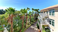 Gated Gulf Front Complex 3/3 + den Condo  on ANNA MARIA Island for sale CALLING for YOU!!!!!!  http://www.annamarialuxuryrealestate.com/idx/mls-a4158446-6420_gulf_drive_unit_3_holmes_beach_fl_34217