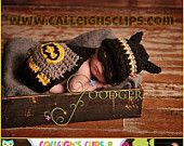 Digital Crochet Pattern - No. 21 - Batbaby and sidekick - Cuddle Cape Set - ( not a finished product)
