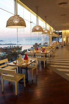 Holiday inn, Pattaya #architect Palmer & Turner (Thailand) Co.,LTD.#interior P49 Deesign & Associates Co.,Ltd. #landscape P.L. DESIGN COMPANY LIMITED #lightingdesign @visionlightingdesign