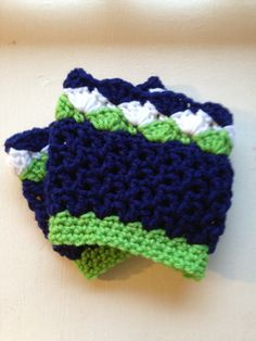 Crochet seahawks boot cuffs.