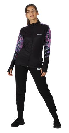 Complementing our gorgeously wild Petrol Python leggings and shorts, this unique jacket is perfect for autumn and winter training when you need a little extra warmth. The powerful purple and turquoise snakeskin detail on the sleeves and upper back contrasts beautifully with the back base.  Featuring a full-length zip with chin guard and soft collar, this workout jacket is comfortable and practical for running, CrossFit or winter walks.