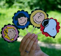 Charlie , Lucy, Sally and Snoopy CupCake Toppers (Set of 12)
