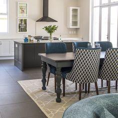 Open-plan kitchen dining_Talbragdar. #Kitchen #Dining #HomeDesign Open Plan Kitchen Dining, House Design, Open Plan Kitchen, Beautiful Bathrooms, Dining Chairs, Beautiful Homes, Home Decor, Dining, Dining Table