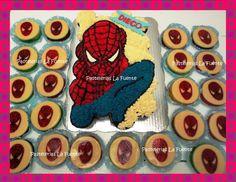 Pastel de Cupcakes y Gelatinas de Spiderman